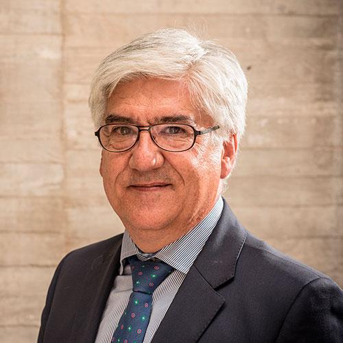 Víctor Bezares